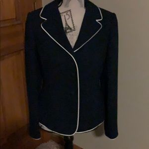 Casual Corner navy blazer w white piping; sz 6